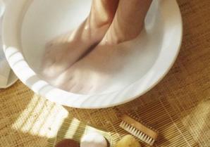 stinky-feet-remedy-11