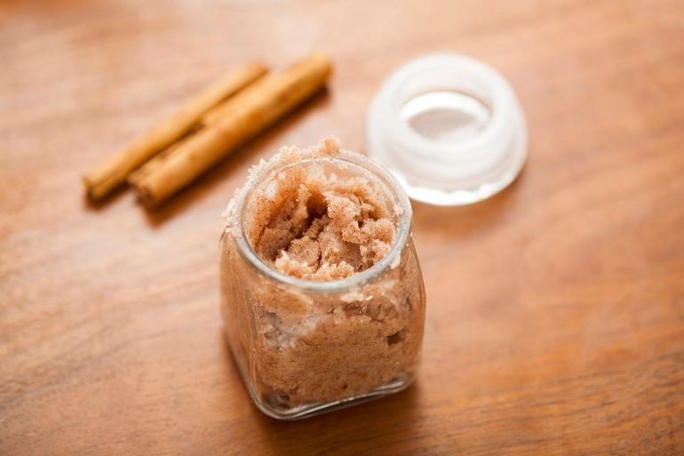 cinnamon-sugar-scrub
